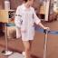 พร้อมส่ง เสื้อเกาหลี Long Shirt สีขาว thumbnail 3